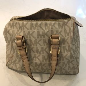 Michael Kors Grayson Medium Satchel Vanilla